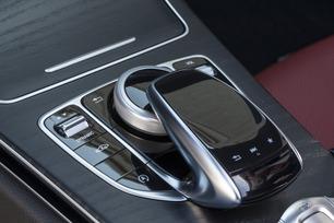 2017-c300-cabrio-european-model-shown-26