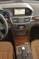 2010-mercedes-benz-e350-sport-sedan-20