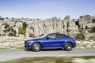 2017-mercedes-benz-glc-coupe-16