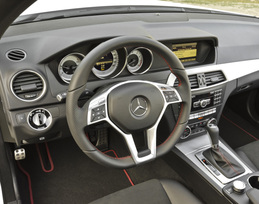 2013-mercedes-benz-c300-4matic-sedan-6