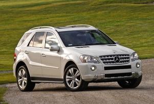 2009-Mercedes-Benz-ML550-44