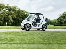 the-mercedes-benz-style-edition-garia-golf-car-10