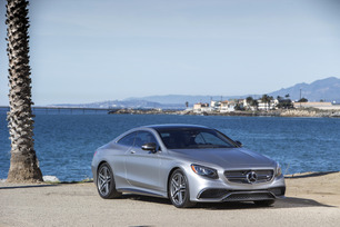 2015-mercedes-benz-s65-amg-coupe-60