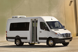 fc0fb25f02 Daimler Vans USA Launches Fourth Sprinter Model