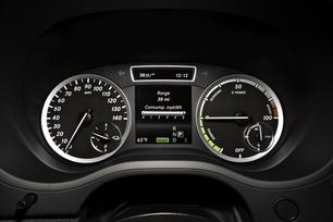 2014-b-class-electric-drive-45
