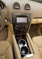 2009-Mercedes-Benz-ML550-49