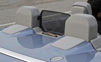 2011-mercedes-benz-e550-cabriolet-44