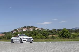 2017-c300-cabrio-european-model-shown-42
