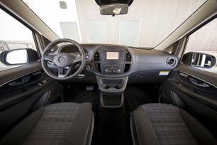 my2016-mercedes-benz-metris-passenger-van-19