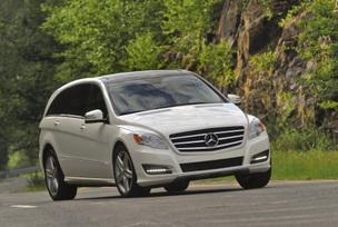 2011-Mercedes-Benz-R350-4MATIC-34