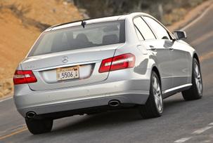 2010-mercedes-benz-e350-luxury-sedan-29