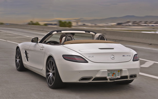 sls-gt-roadster-designo-mystic-white-81