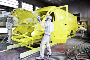 mercedes-benz-sprinter-factory-in-duesseldorf-germany-19