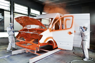 mercedes-benz-sprinter-factory-in-duesseldorf-germany-18