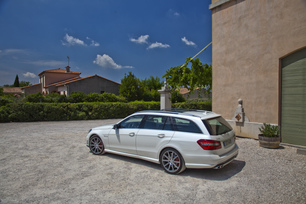 2012-mercedes-benz-e63-amg-wagon-40
