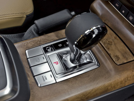 2013-mercedes-benz-g550-41