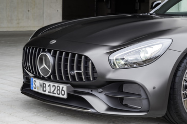 2018-mercedes-amg-gt-c-coupe-edition-50