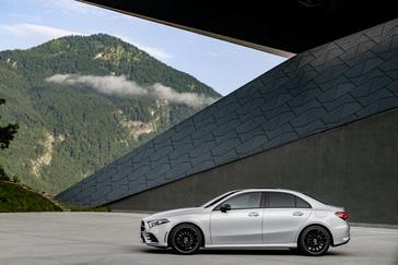 Mercedes benz usa online newsroom the all new a class sedan altavistaventures Image collections