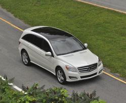 2011-Mercedes-Benz-R350-4MATIC-45
