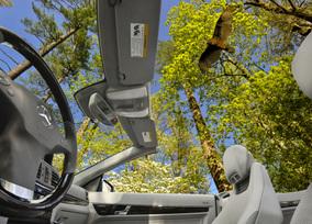 2011-mercedes-benz-e550-cabriolet-34