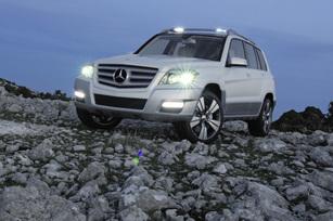 Mercedes-Benz-Vision-GLK-12
