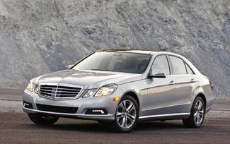2010-mercedes-benz-e350-luxury-sedan-23