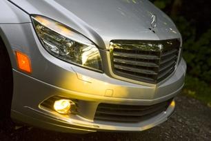 2010-mercedes-benz-c300-luxury-9