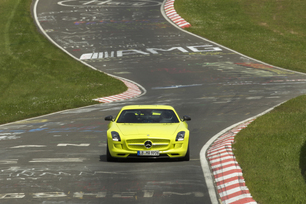 2014-sls-amg-coupe-electric-drive-production-car-6
