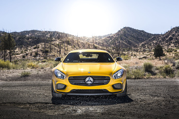 my2016-7-amg-gt-s-16