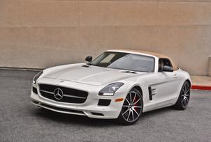 sls-gt-roadster-designo-mystic-white-72