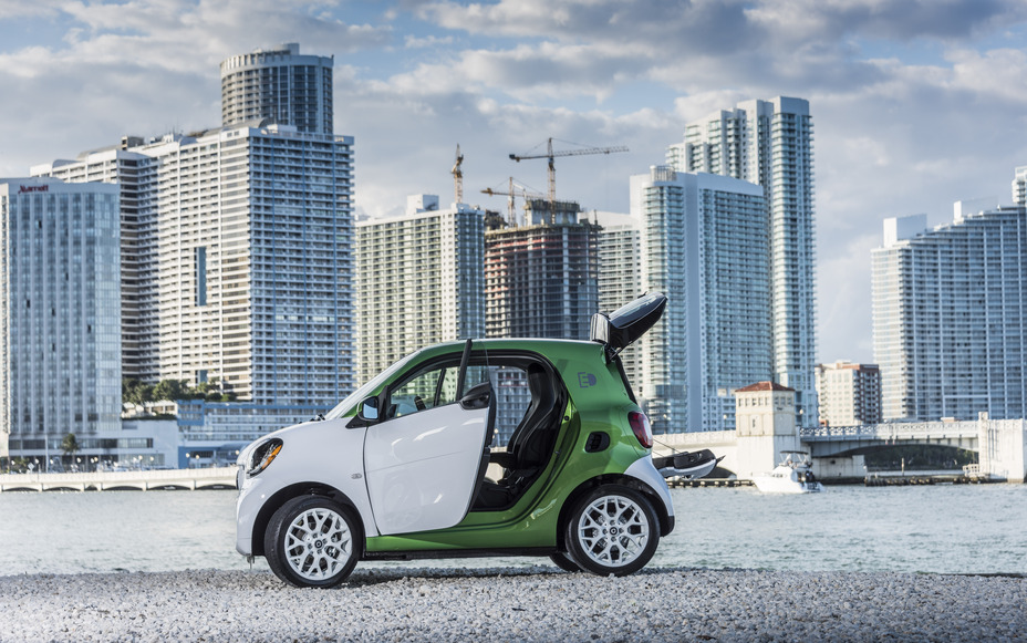 Mercedes Benz Announces Pricing On All New Smart Fortwo Electric Drive
