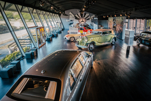 mercedes-benz-star-lounge-at-the-2015-pebble-beach-concours-d-el