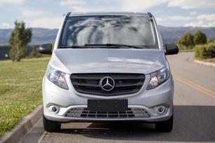 my2016-mercedes-benz-metris-passenger-van-16