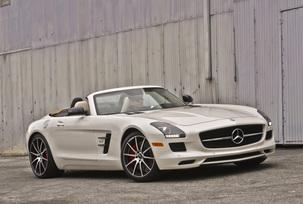 sls-gt-roadster-designo-mystic-white-83