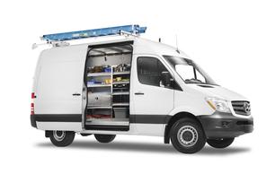 the-metris-worker-cargo-van-31
