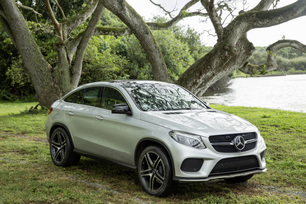 mercedes-benz-launches-campaign-to-support-jurassic-world-8