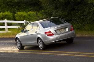 2010-mercedes-benz-c300-luxury-7