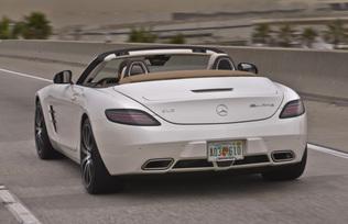 sls-gt-roadster-designo-mystic-white-78