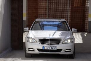 2010-mercedes-benz-s400-hybrid-53