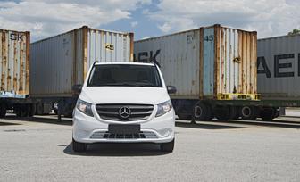 the-metris-worker-cargo-van-55