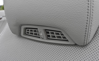 2011-mercedes-benz-e550-cabriolet-51