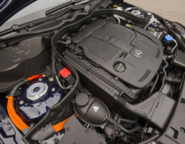 2014-e400-hybrid-sedan-9
