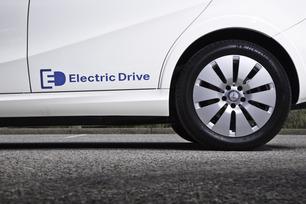 2014-b-class-electric-drive-58