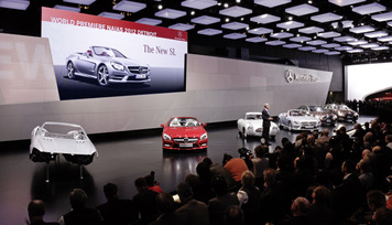 mercedes-benz-press-conference-at-the-naias-2012-in-detroit-3