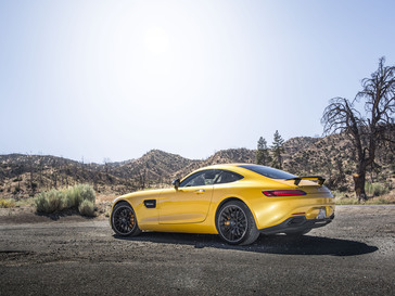 my2016-7-amg-gt-s-4