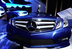E-Cabriolet-Display-at-Mercedes-Benz-Fashion-Week-Spring-2011