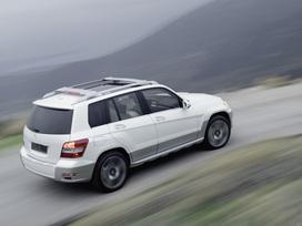 Mercedes-Benz-Vision-GLK-14