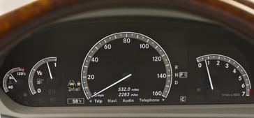2010-mercedes-benz-s550-32