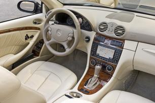 2009-Mercedes-Benz-CLK550-Cabriole-26