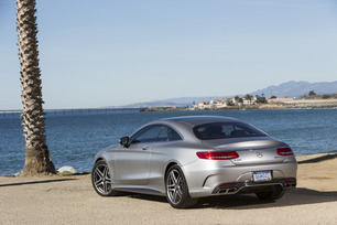 2015-mercedes-benz-s65-amg-coupe-54